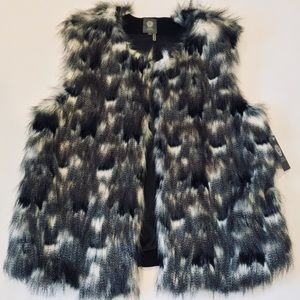 NWT Vince Camuto Faux Fur Vest